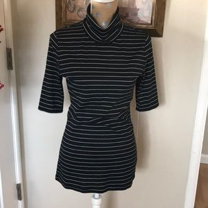 Tops - Black white striped top